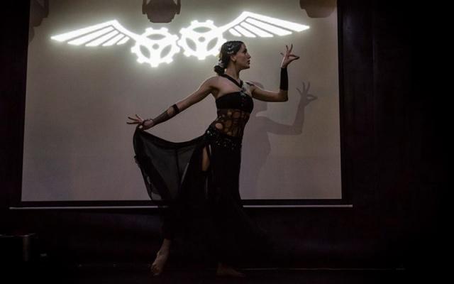 Ayala Setara, tanečnice ve stylu Tribal Fusion