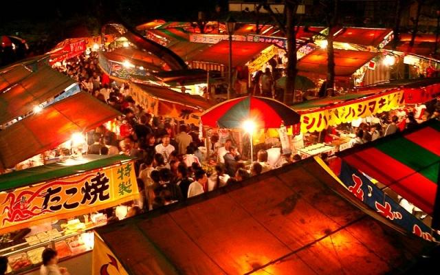 ilustrační foto - stánky s japonským jídlem