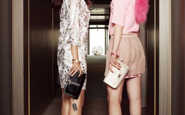 Bora a Dasom se předvedly jako velice společenské dívky
