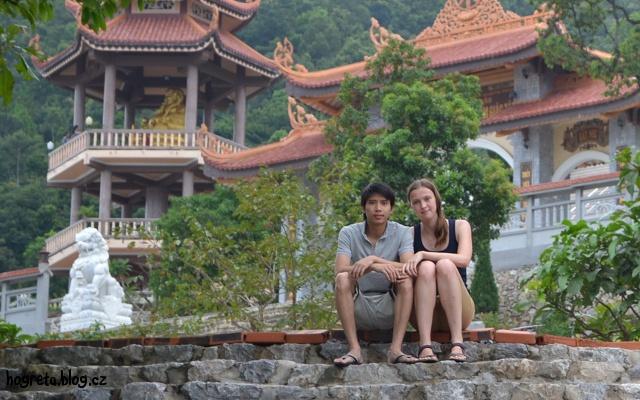 Hogreta se svým vietnamským přítelem