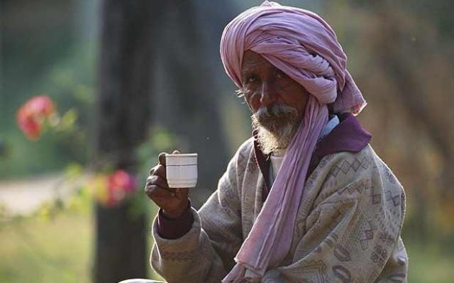 Pijan čaje