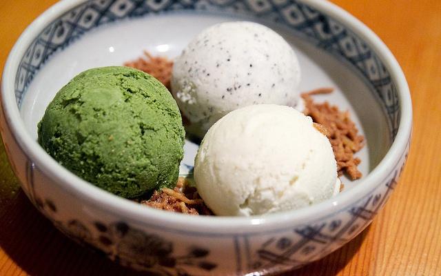 zelený čaj, nudlová a sezamová