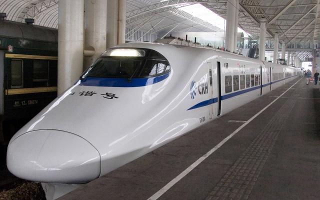 Čínský vlak CRH2 (ilustrační foto)