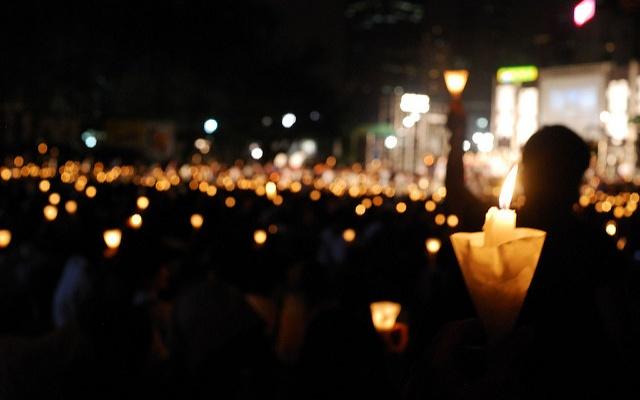 Svíce na hongkongské vzpomínkové akci