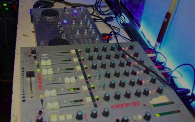 DJing