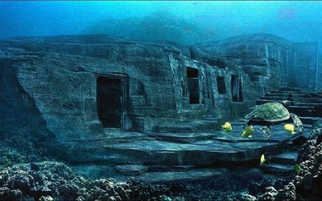 Monument pod vodami ostrova Yonaguni