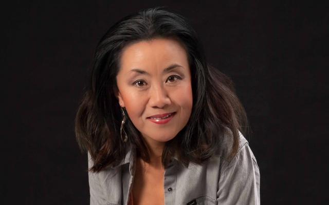 Portrét Feng-yűn Song