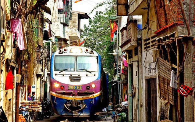 Vlak v centre mesta