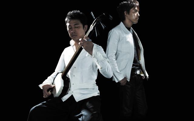 Japonské hudební duo Aga-shio