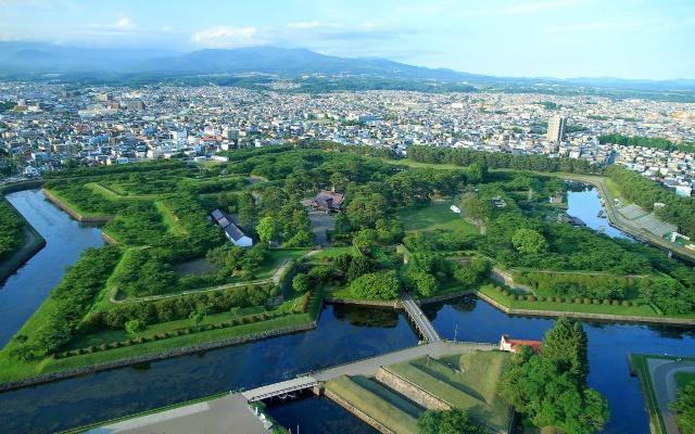 Hvězdicovitá pevnost uprostřed Hakodate na ostrově Hokkaidó