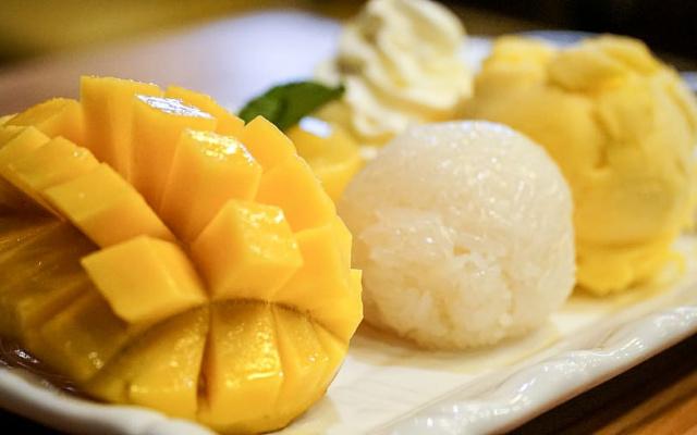 Mango a lepkavá rýže