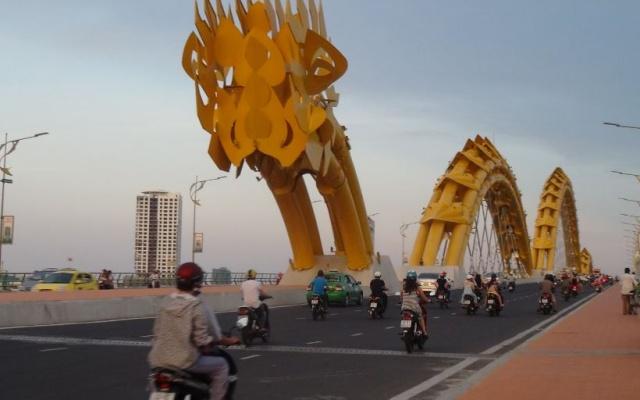 Dračí most v Da Nang