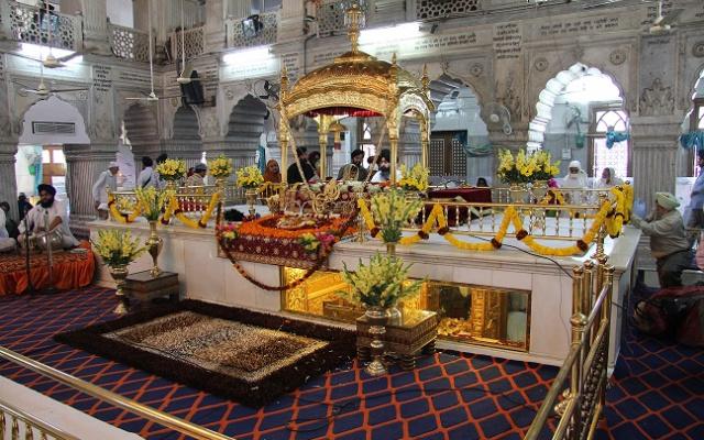 Gurdwara Sis Ganj Sahib v Dillí